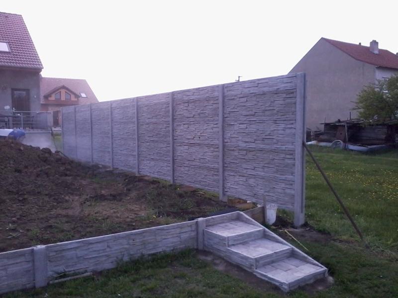 Betonový plot přímo do výrobce betonových plotů FCC BETON