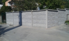 Betonový plot kalkulace, výroba, dovoz a montáž